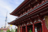Senso-ji Temple and Tokyo Sky Tree — Stock Photo