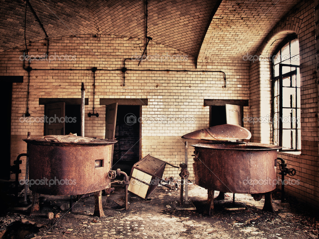 Old rusty water tank into the sanatorium Beelitzer — Stock Photo #6366710