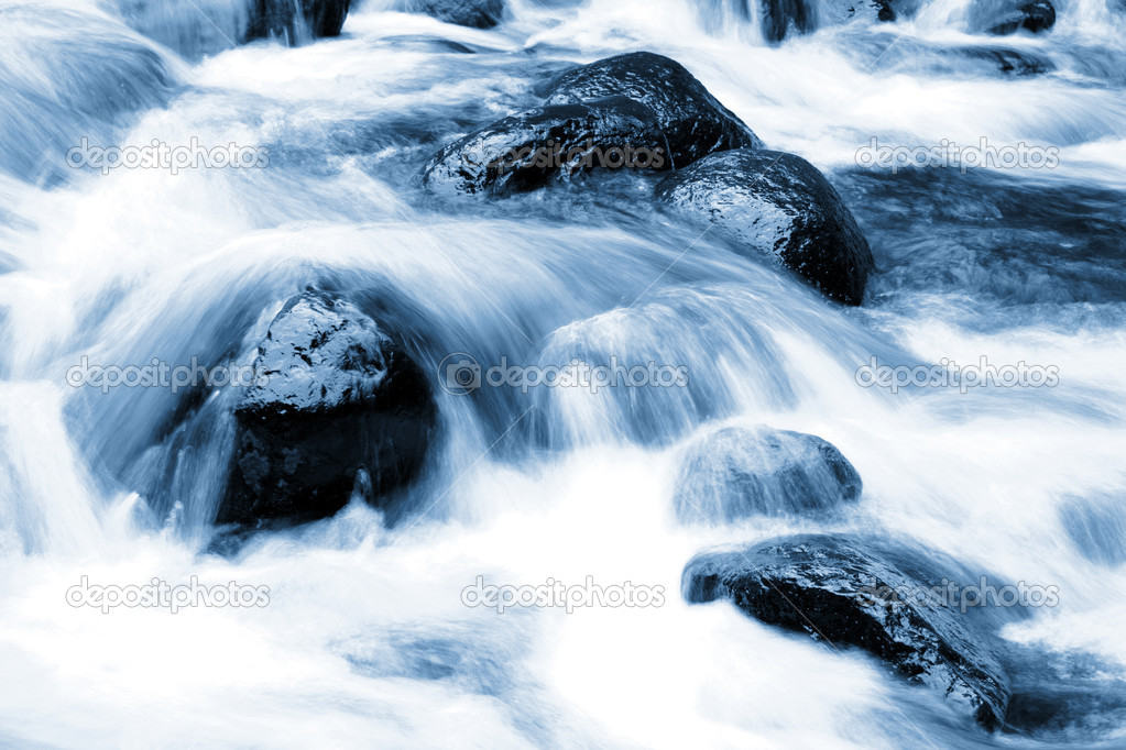 Cool, fast flowing, fresh water mountain stream — Stock ...