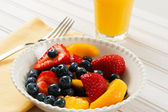 Fresh Summer Fruit Salad — Stock Photo