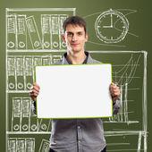 Muž s zápis rada ve svých rukou — Stock fotografie