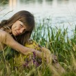 The girl at the lake — Stock Photo