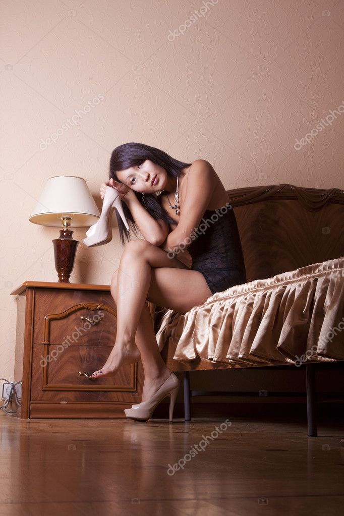 Elegant Oriental woman — Stock Photo #6373183