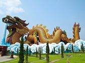 Giant Crouching Dragon at Suphan Buri , Thailand — Stock Photo