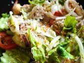 Морепродукты с маш лапши пряный салат — Стоковое фото