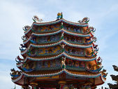 Chinese temple with blue sky in Chonburi Thailand — 图库照片