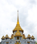 Thai Architecture : Wat Trimit Bangkok, Thailand — Stock Photo