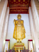 Golden Buddha stand at Ubosot of Wat Saket temple — Stock Photo