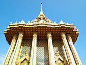 Wat Phra Buddhabat with blue sky background — Stock Photo