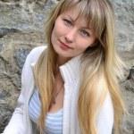 bella ragazza bionda — Foto Stock