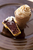Ice cream cone cupcake — Stock Photo