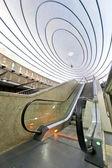 Platforma moderní metro ve Varšavě — Stock fotografie