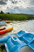Recreation equipment on the lake — Foto Stock