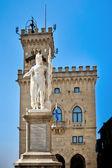 статуя свободы, сан-марино — Стоковое фото