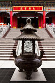 Bronze Incense Burner in chinese temple Thailand — Stockfoto