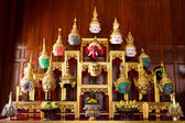 Khon Masks is situated on the set of altar table — Stockfoto
