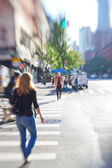 Lens blurred photo: Everyday street life in New York — Stock Photo