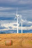 Moderne windmühlen — Stockfoto
