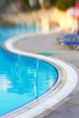 Burred mavi havuzu — Stok fotoğraf