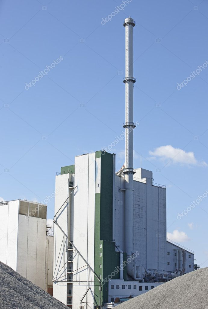 A sharp and detailed photo of factory details — Stock Photo #6546603