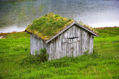 A photo of a farm cottage north of the Polar Circle in Norway — Stock Photo