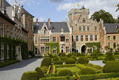 Courtyard of Gaasbeek Castle — Stock Photo