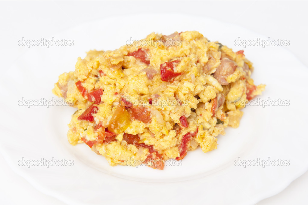 Scrambled eggs on the white plate — Stock Photo #6457981