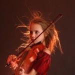 Girl playing the violin — Stock Photo
