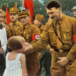 Adolf Hitler and youngest german — Stock Photo