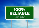 100% Reliable Road Sign — Stock Photo