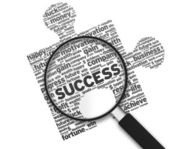 Magnifying Glass - Success Puzzle — Stock Photo