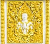 Posąg o religii na ścianie świątyni tajski — Zdjęcie stockowe
