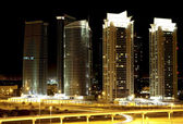 Town scape at night time. Dubai — Stock Photo