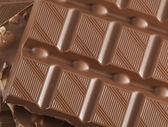 Cioccolato al latte con noci — Foto Stock