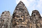 Giant boeddhabeeld op angkor, cambodja — Stockfoto