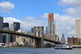 бруклинский мост в нью-йорке — Стоковое фото