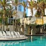 Resort Swimming Pool — Stock Photo #5533405