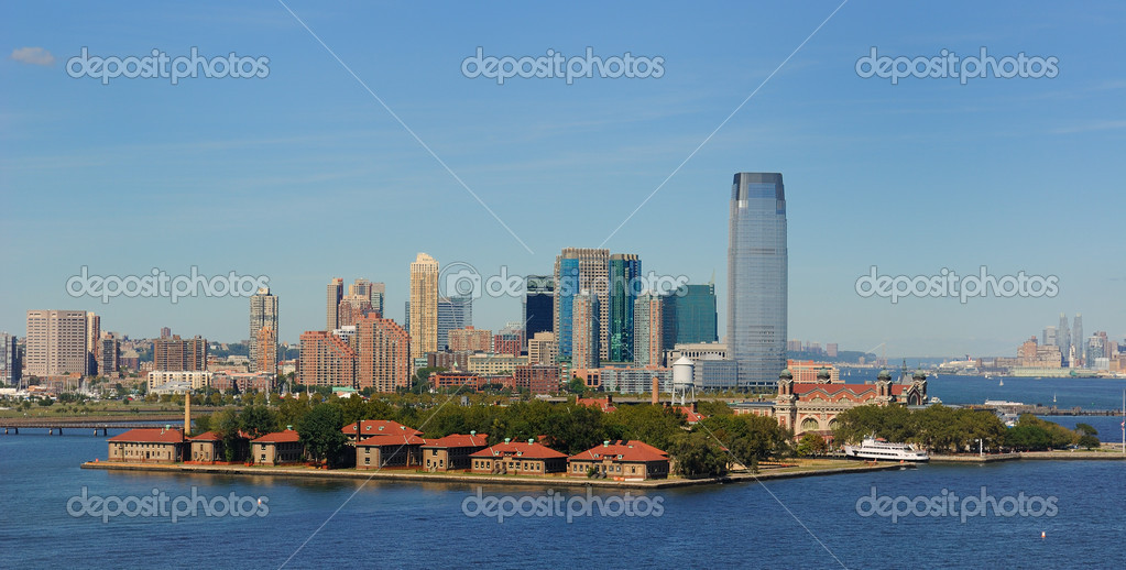 View of Ellis Island and New Jersey — Stock Photo #5621175