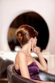 прическа красивая женщина — Стоковое фото