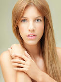 Close-up portrait of beautiful woman — Foto de Stock