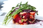 Vinaigrette salad with salmon — Stock Photo