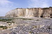 Chalk cliff along the beach — Stock Photo