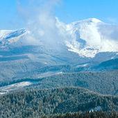 Morning cloudy winter mountain landscape. — Stock Photo