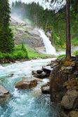 アルプス滝夏ビュー — ストック写真