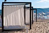 Tenten om te ontspannen op het strand. — Stockfoto