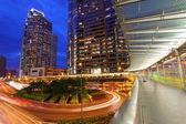 трафик через города гонконг ночью — Стоковое фото