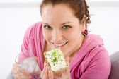 Fitness woman relax glass water snack sportive — Stock Photo