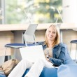 Young happy high-school student relax with laptop — Stock Photo