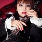 Gothic Guitar Queen — Stock Photo