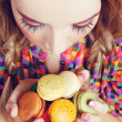 Girl Loves Colorful Macaroons — Stock Photo #6369066